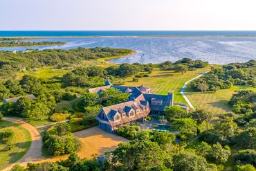 Martha's Vineyard Featured Home For Sale 3