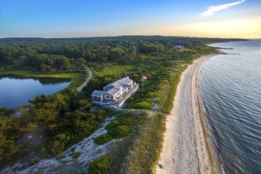 Martha's Vineyard Featured Home For Sale 23