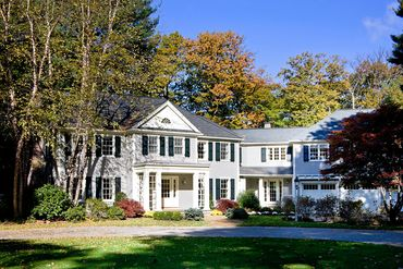 Photo of 32 Claypit Hill Road Wayland, MA 01778