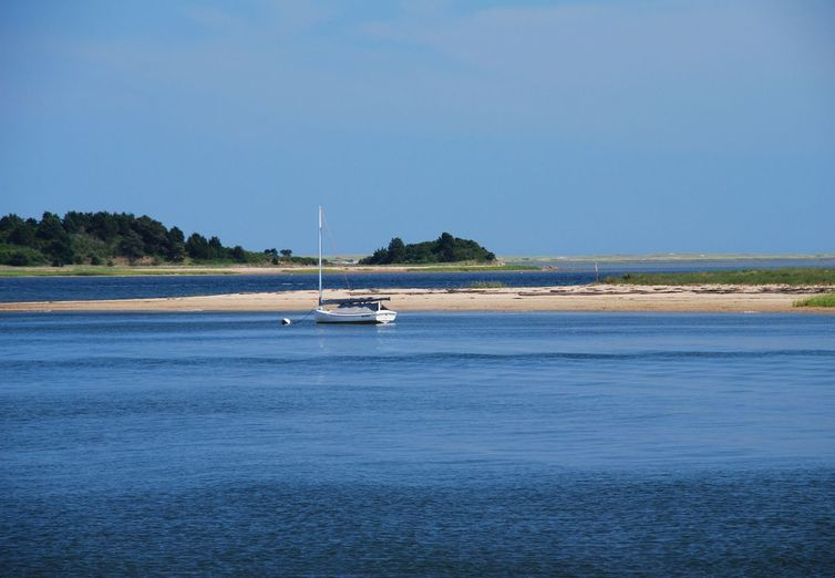 Cape Cod, Barnstable, Centerville, Cotuit, Ostervi MA  - Photo 1