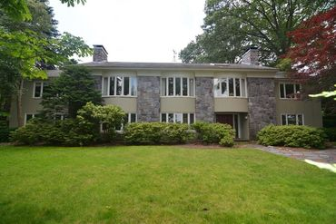 Photo of 2 Oldham Road Arlington, MA 02474