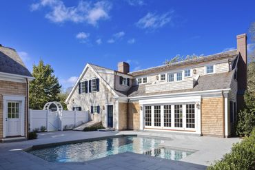 Photo of 37 Cooke Street Edgartown, MA 02539