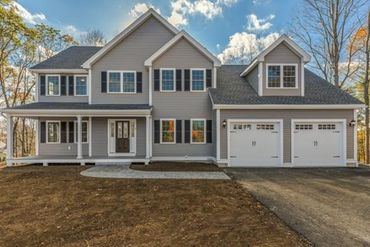 Photo of 8 Coventry Lane Stoneham, MA 02180