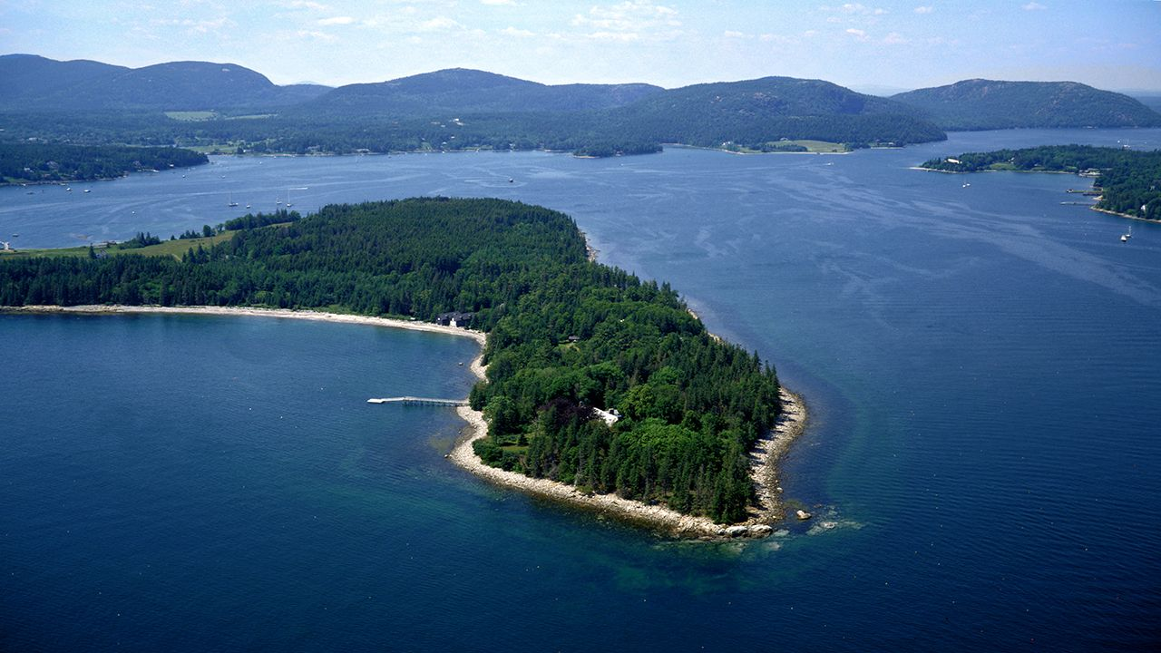 Maine - Real Estate and Apartments for Sale | Christie's