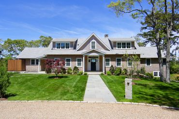 Photo of 19 Farm Pond Road Oak Bluffs, MA 02557