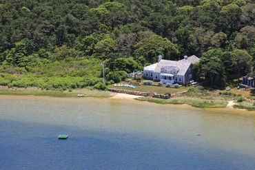 Photo of 9 Fowler Avenue Edgartown, MA 02539