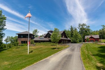 Dartmouth/lake Sunapee Featured Home For Sale 2