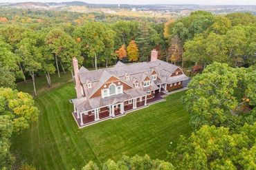 Photo of 56 Doublet Hill Road Weston, MA 02493