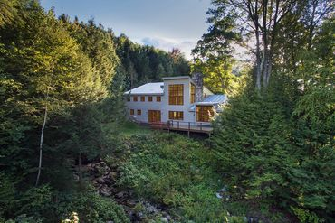 Photo of 420 Dorchester Rd Lyme, NH 03768