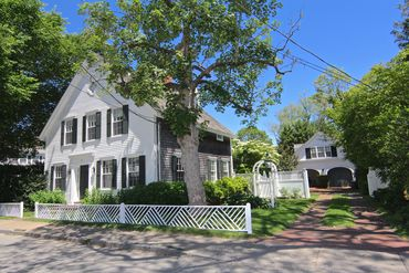 Photo of 47 Cooke Street . Edgartown, MA 02539
