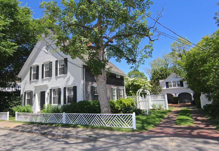 47 Cooke Street Edgartown MA 02539 - Photo 1