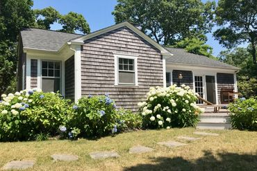 Photo of 5 Oakdale Edgartown, MA 02539