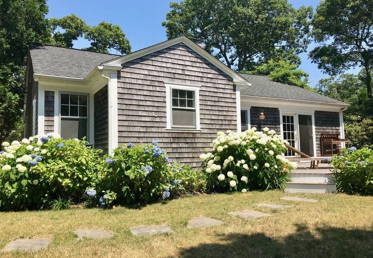 5 Oakdale Edgartown MA 02539 - Photo 1