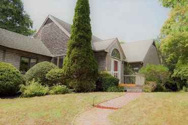 Photo of 12 S Vine Lane West Tisbury, MA 02568