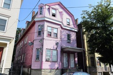 Photo of 456 Saratoga Street Boston, MA 02128