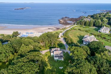 Photo of 2 Seal Rock Drive Scarborough, ME 04074&#173