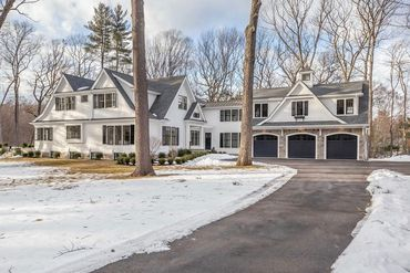 Photo of 37 Old Farm Road Wellesley, MA 02481
