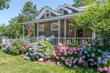 Photo of 29 Pine Street Edgartown, MA 02539