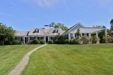 Photo of 115 Peases Point Way North Edgartown, MA 02539