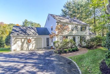 Photo of 130 Westgate Road Wellesley, MA 02481