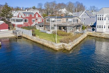 Photo of 21 River Road Gloucester, MA 01930