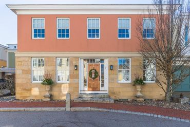 Photo of 7 Vernon Street Newburyport, MA 01950