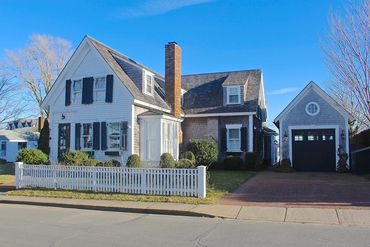 Photo of 37 Fuller Street Edgartown, MA 02539