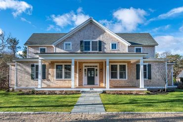Photo of 20 Vickers Street Edgartown, MA 02539