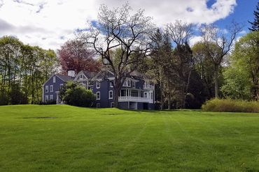 Photo of 44 Farmers Row Groton, MA 01450