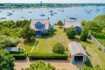 Photo of 36 Calebs Pond Rd Edgartown, MA 02539
