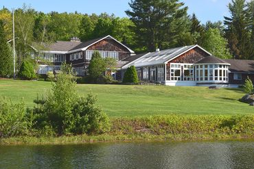 Photo of 282 Cherry Valley Rd Gilford, NH 03249