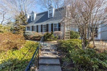Photo of 6 Blanchard Street Marblehead, MA 01945