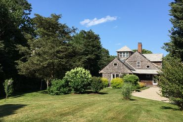 Photo of 2 Featherbed Lane Dartmouth, MA 02748