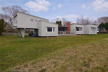 Photo of 61 Warrens Point Little Compton, RI 02837
