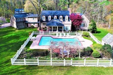 Photo of 40 Bogastow Brook Road Sherborn, MA 01770