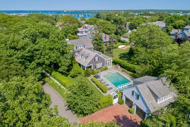 Photo of 115 S Summer St Edgartown, MA 02539