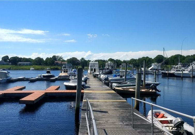 25 Avondale Westerly RI 02891 - Photo 1