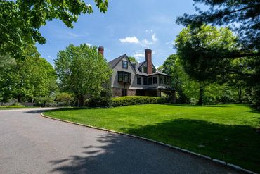 Photo of 30 Warren Street Brookline, MA 02445