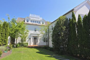 Photo of 56 Cottage Street Edgartown, MA 02539