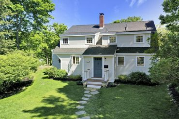 Photo of 55 Gingerbread Hill Marblehead, MA 01945