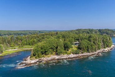 Photo of 17 & 31 Treasure Point Rd South Bristol, ME 04568