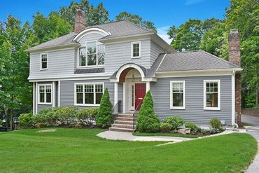 Photo of 111 Crest Road Wellesley, MA 02482