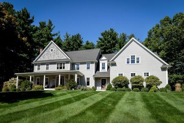 Photo of 10 Brook Street Sherborn, MA 01770