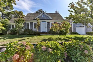 Photo of 36 Manamock Road Chatham, MA 02633