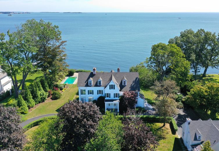 237 Long Neck Point Rd Darien CT 06820 - Photo 1