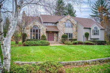 Photo of 5 Powers Road Andover, MA 01810