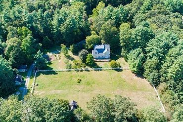 Photo of 6 Spruce Way Medfield, MA 02052