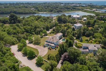 Photo of 1 OCEAN HEIGHTS Newport, RI 02840