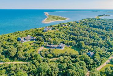Photo of 25 North Neck Road Edgartown, MA 02539