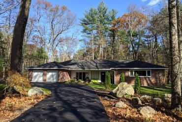 Photo of 956 Lowell Road Concord, MA 01742